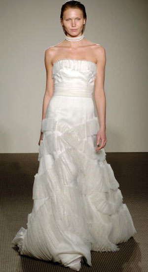 Весільні сукні від Angel Sanchez. Фото: Andrew H. Walker/Getty Images