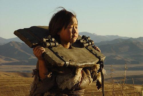 Кадр із фільму 'Монгол'. Фото: Кінокомпанія СТВ (ctb.ru)