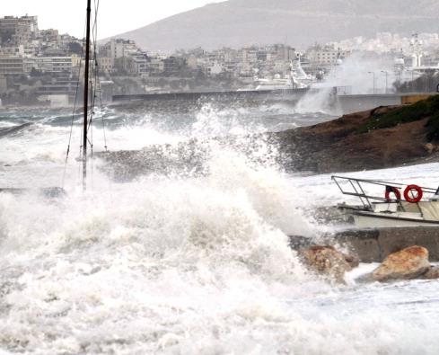 У берегов Японии объявлена угроза цунами из-за землетрясения