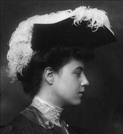 Женская мода начала XX века. Красивые дамские шляпки. Фото с secretchina.com