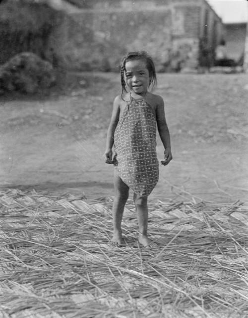 Китайская республика. Местная девочка из города Бэйдайхэ провинции Хэбэй. Фото с aboluowang.com