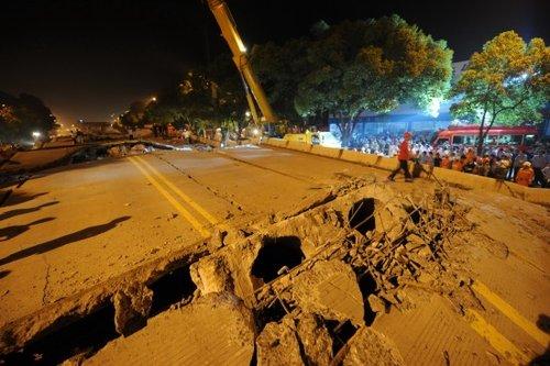 В провинции Хунань обрушился участок эстакады. Фото с epochtimes.com