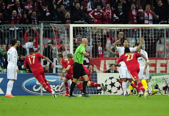 Бавария обыграла Мадридский Реал со счётом 2:1. Фото: JAVIER SORIANO/AFP/Getty Images