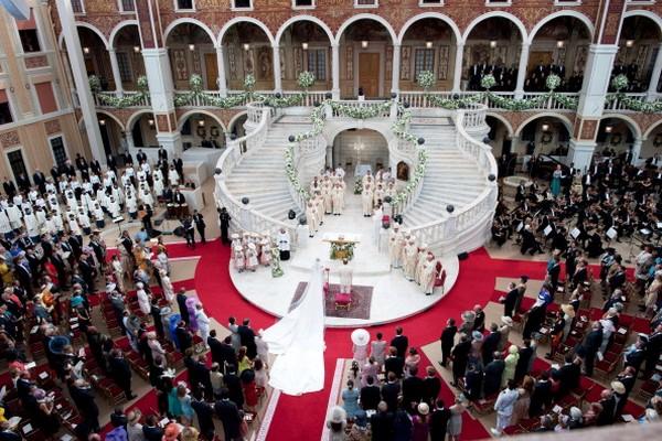 Церемония королевской свадьбы в главном зале Княжеского дворца. Фото: Eric Mathon - Palais Princier via Getty Images