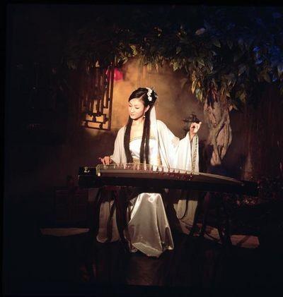 Шовк: історія ніжної розкоші. Фото з aboluowang.com