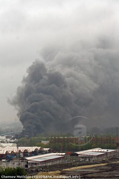 Пожар на торговом центре «Барабашово». Фото: news.mediaport.info