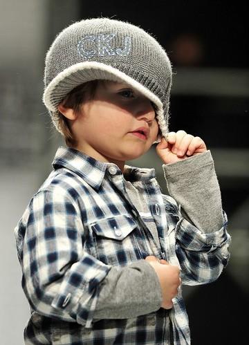Выставка детских одежд сезона осень-зима 2010/2011в Италии. Фото: AFP