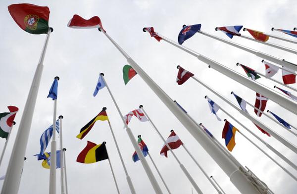 Активисты антинатовского движения объединились в эти дни в Лиссабоне, столице Португалии, чтобы выразить протест против проведения саммита НАТО 19–20 ноября 2010 г. Фото: Мигель Вильягран / Getty Images