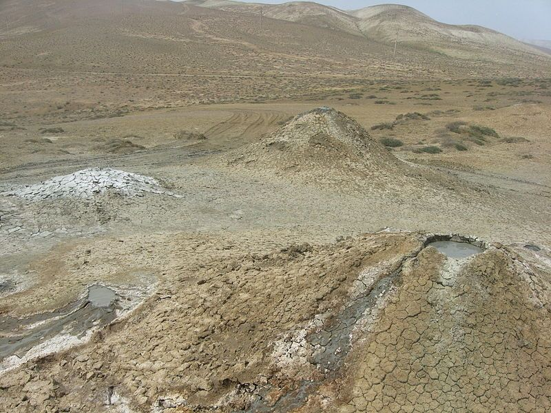 Грязевые вулканы Азербайджана. Фото: Interfase/commons.wikimedia.org