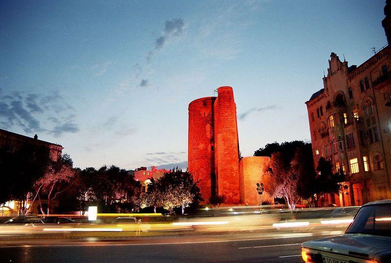 Девичья башня. Фото: Fuad2006/commons.wikimedia.org