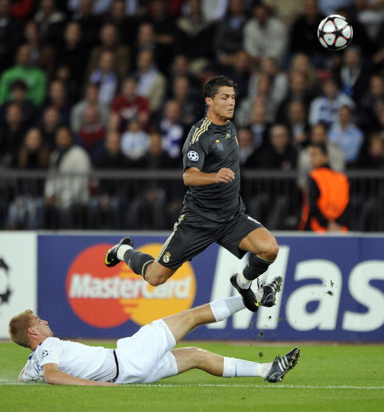 Цюрих – Реал фото:FABRICE COFFRINI,Alejandro Gonzalez /Getty Images Sport