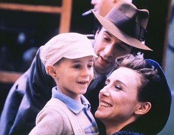 Кадр из фильма «Жизнь прекрасна». Фото с сайта my.opera.com