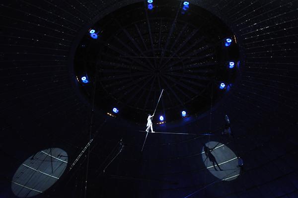 Выступление канатоходцев в Киевском цирке 27 января 2011 года. Фото: Владимир Бородин/The Epoch Times Украина