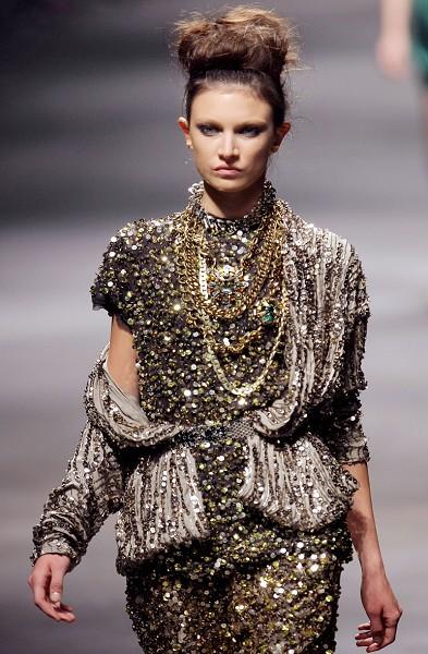 Женская Француская коллекция Lanvin на Неделе моды в Париже/PIERRE VERDY/AFP/Getty Images