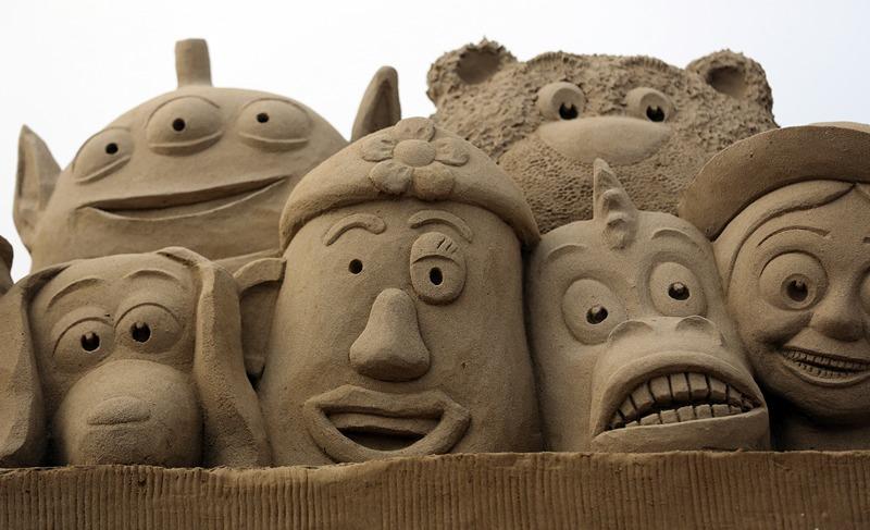 Персонажи мультфильма «История игрушек». Фото: Matt Cardy/Getty Images
