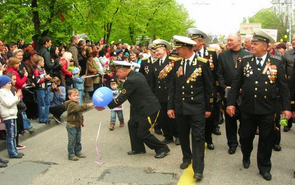 Парад на улицах Севастополя. Фото: Алла Лавриненко/The Epoch Times Украина