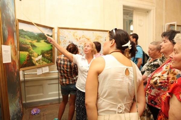 В Харькове в «Доме Архитектора» завершила работу Международная художественная выставка «The Art of Zhen Shan Ren». Фото: Велика Епоха