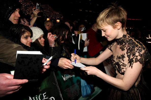 Премьера фильма «Алиса в Стране чудес». Актриса Миа Васиковска. Лондон, 25 февраля 2010 года. Фото: AFP/Getty Images