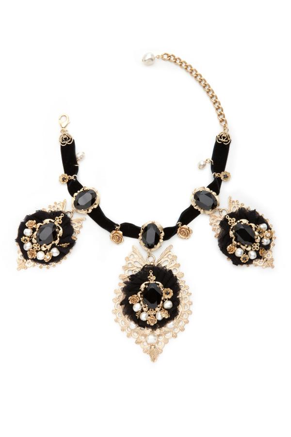 Аксессуары от Dolce & Gabbana. Фото: neeu.com