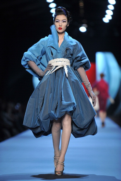 Показ коллекции Christian Dior на Неделе моды 2011 в Париже (2). Фото Pascal Le Segretain/Getty Images