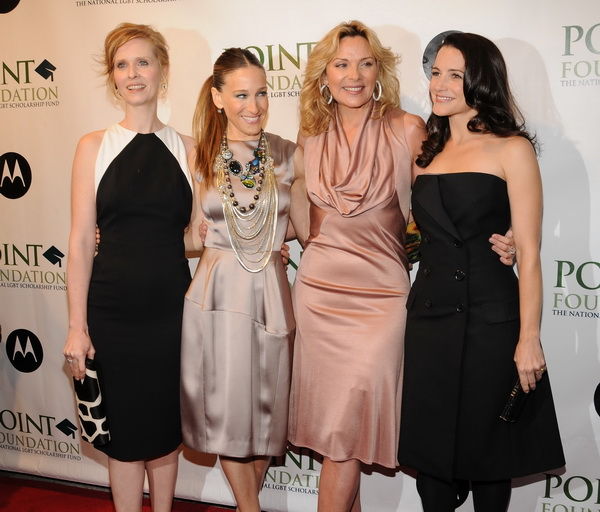Актрисы Синтия Никсон, Сара Джессика Паркер, Ким Кэтролл и Кристин Дэвис в Нью-Йорке. Фото: Bryan Bedder/Getty Images