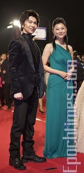 Наряды звезд на Азиатско-тихоокеанском кинофестивале. Фото: SONGBITONG/Великая Эпоха