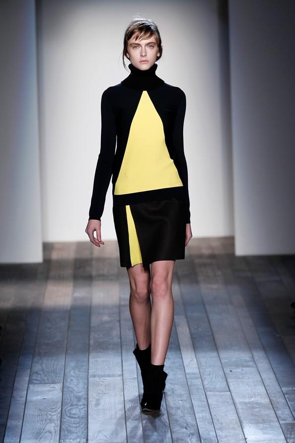 Новая коллекция Виктории Бекхэм (Victoria Beckham) на Mercedes-Benz Fashion Week в Нью-Йорке. Фото: Peter Michael Dills/Getty Images