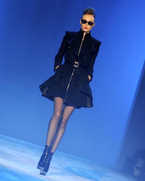 Коллекция от Christian Siriano сезона осень-зима на Неделе моды Mercedes-Benz в Нью-Йорке. Фото: Getty Imges