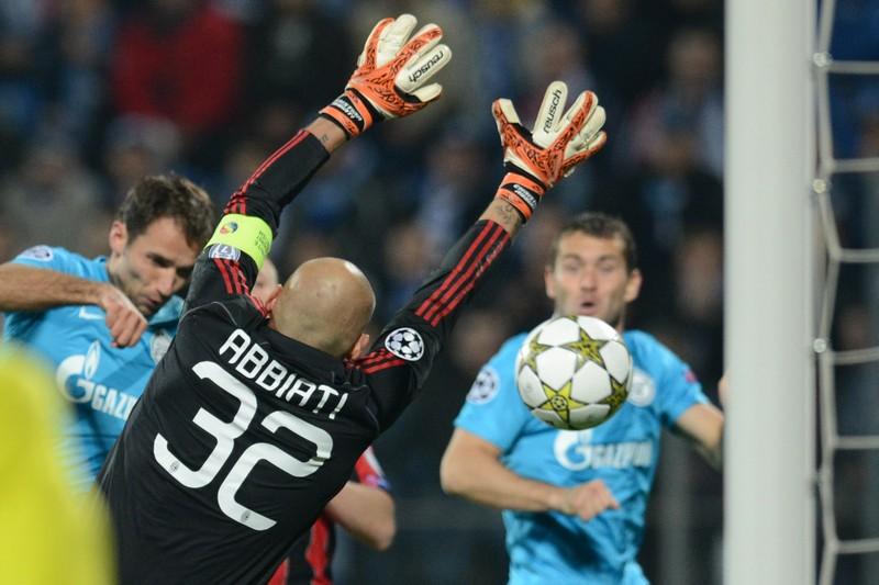 Милан в драматическом поединке одолевает Зенит. Фото: KIRILL KUDRYAVTSEV/AFP/Getty Images