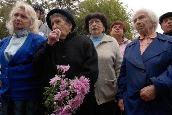 Траурное шествие Дорогой смерти в память погибших в Бабьем Яру. Фото: Владимир Бородин/The Epoch Times