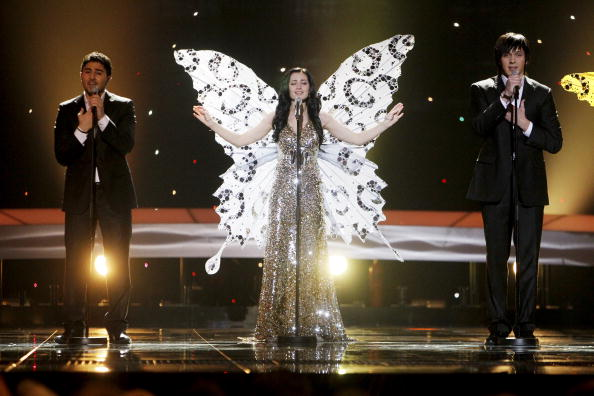 В первый день вместе с Петром Наличем на «Евровидения-2010» выступили участники из 17 стран. Роберт Велс из Белоруссии. Фоторепортаж. Фото: CORNELIUS POPPE/AFP/Getty Images