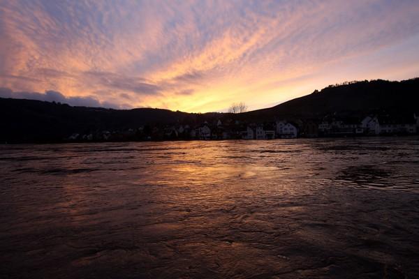 Повышение температуры после нескольких недель от снега и льда вызвали наводнения во многих регионах.Фото:Miguel Villagran/Getty Images