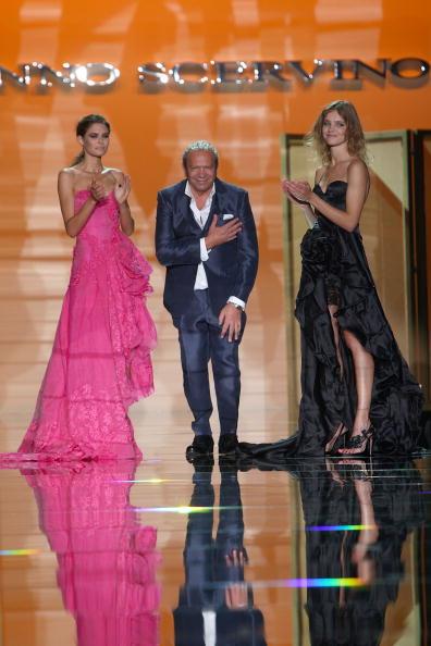 Коллекция от Ermanno Scervino сезона весна-лето 2010/Vittorio Zunino Celotto/Getty Images