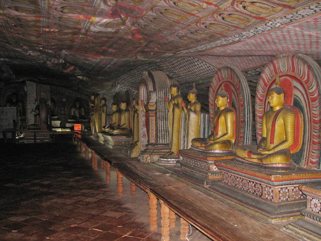 Пещерный храм Дамбулла. Фото: mckaysavage/Flickr
