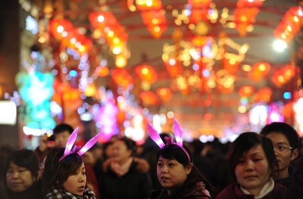 Праздник фонарей Юаньсяо в Китае. Пекин. Фото: AFP