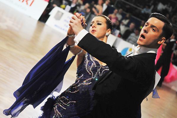 Участники чемпионата мира по спортивным танцам IDSA, проходящего в рамках международных соревнований по спортивным танцам «Парад надежд» в Киеве 26-27 февраля 2011 года. Фото: Владимир Бородин/The Epoch Times Украина