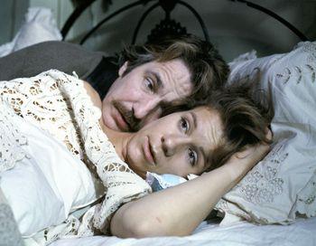 Кадр из фильма «Верно, безумно, глубоко». Фото с сайта world-art.ru