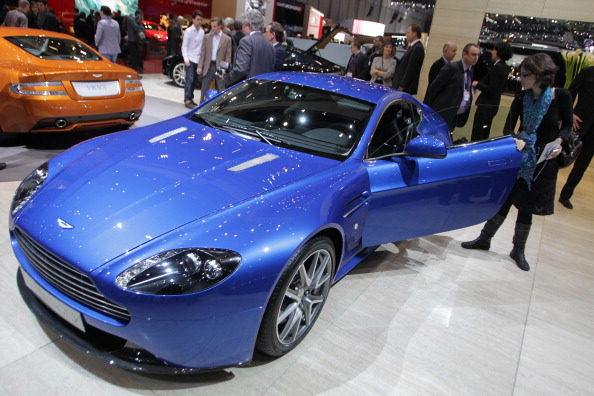 Aston Martin V8 Vantage S car. Фото:SEBASTIAN DERUNGS/Getty Images