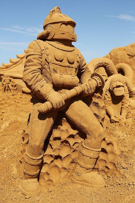 Песчаная скульптура «20 тысяч льё под водой». Автор Балдрик Бакл (Baldrick Buckle). Франкстон, Австралия. Фото: Graham Denholm/Getty Images