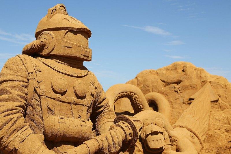 Фрагмент песчаной скульптуры «20 тысяч льё под водой». Автор Балдрик Бакл (Baldrick Buckle). Франкстон, Австралия. Фото: Graham Denholm/Getty Images