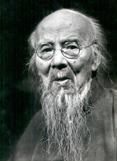 Китайский художник, поэт и философ Ци Байши