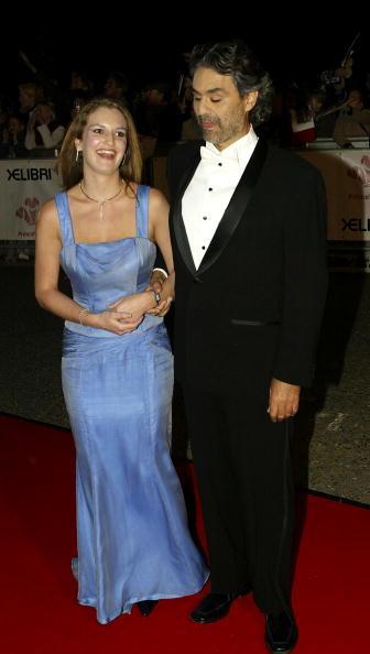 Звезда итальянского тенора Андреа Бочелли засияла на Аллее Славы в Голливуде. Андреа Бочелли и его жена Энрике Цензатти. Фоторепортаж. Фото Getty Images