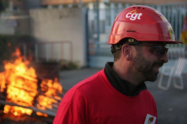 ОПЕК приняла решение сохранить квоты на добычу нефти. Министр нефтяной промышленности Ливии Шокри Ганем надеется, что цены на черное золото, в лучшем случае, могут достигнуть до 100 долларов за баррель.Фото:AFP/Getty Images