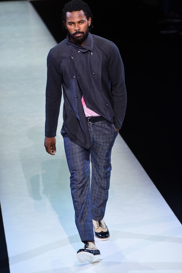 Весенне-летняя коллекция 2014 от Giorgio Armani на Миланской неделе мужской моды. Фото: GIUSEPPE CACACE/AFP/Getty Images