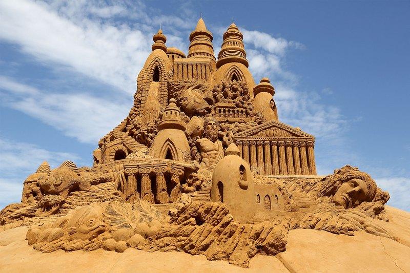Песчаная скульптура «Атлантида». Авторы Сандис Кондис (Sandis Kondis) и Сью Макгрю (Sue McGrew). Франкстон, Австралия. Фото: Graham Denholm/Getty Images