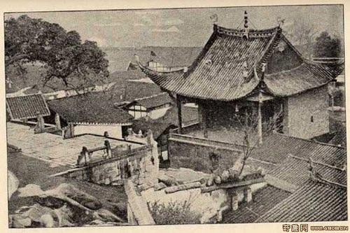 Храм в городе Чунцине. Фото: Ernest Morrison
