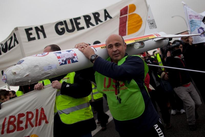 Мадрид, Испания, 18 февраля. Сотрудники авиакомпании «Иберия» проводят 5-дневную забастовку в ответ на планы руководства сократить число рабочих мест. Фото: Pablo Blazquez Dominguez/Getty Images