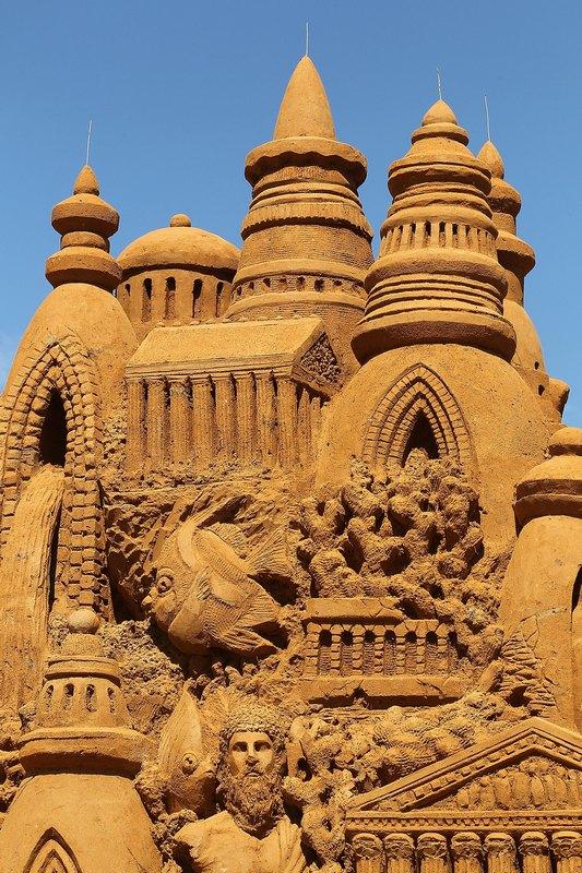 Фрагмент песчаной скульптуры «Атлантида». Авторы Сандис Кондис (Sandis Kondis) и Сью Макгрю (Sue McGrew). Франкстон, Австралия. Фото: Graham Denholm/Getty Images