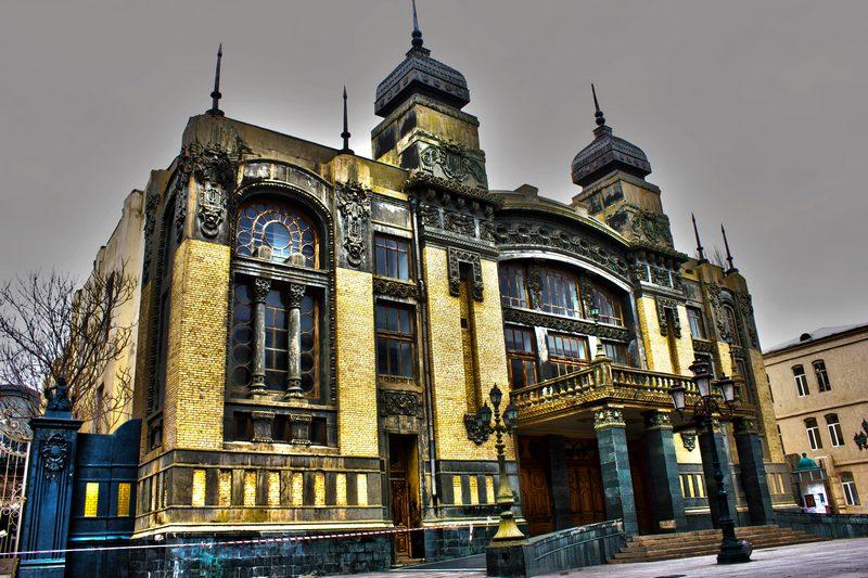 Баку. Театр оперы и балета. Фото: Samir Resulov/en.wikipedia.org