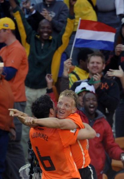 Голландия – Дания Ezra Shaw, Kevork Djansezian, Christof Koepsel /Getty Images Sport